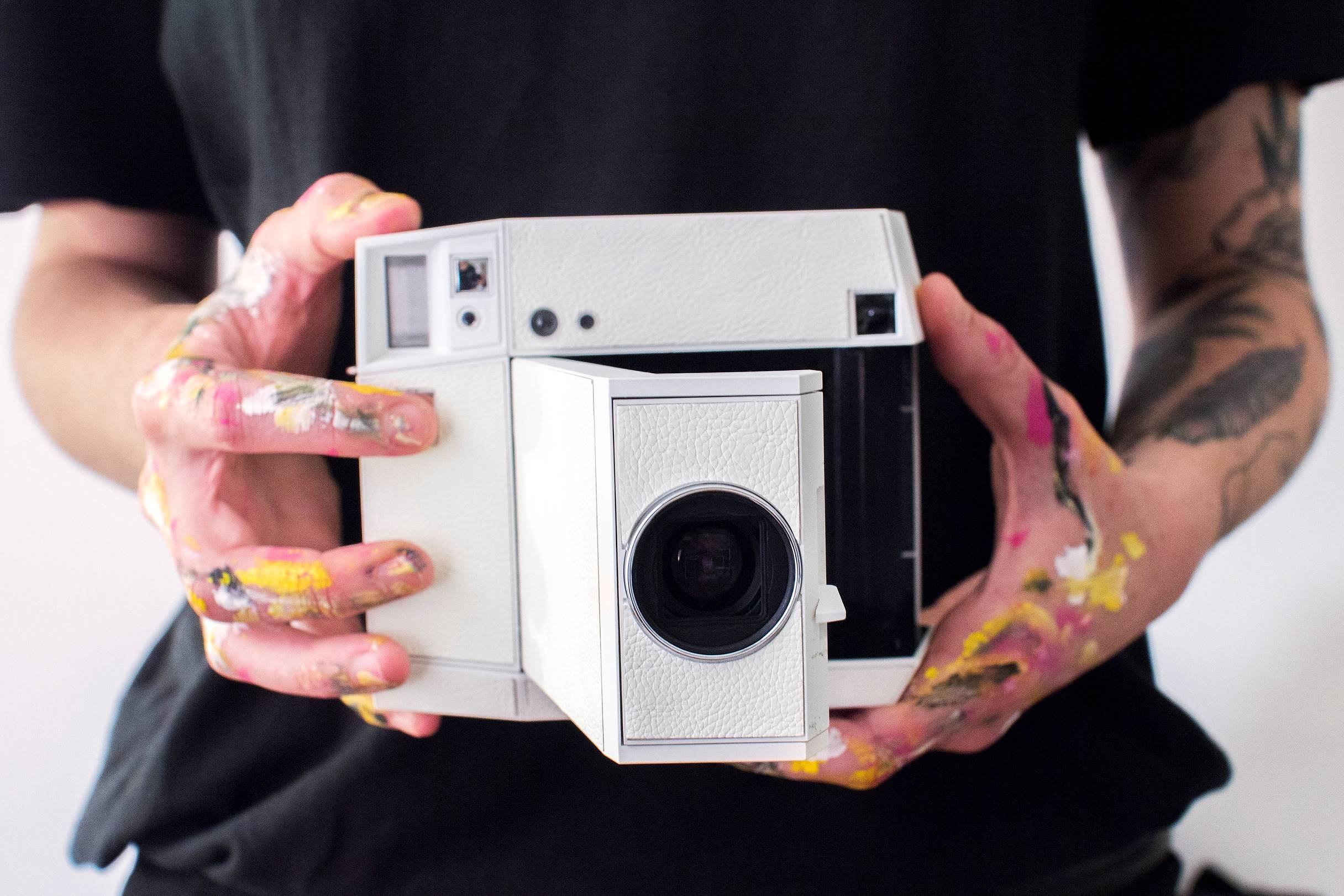 Lomo Instant Square White Edition