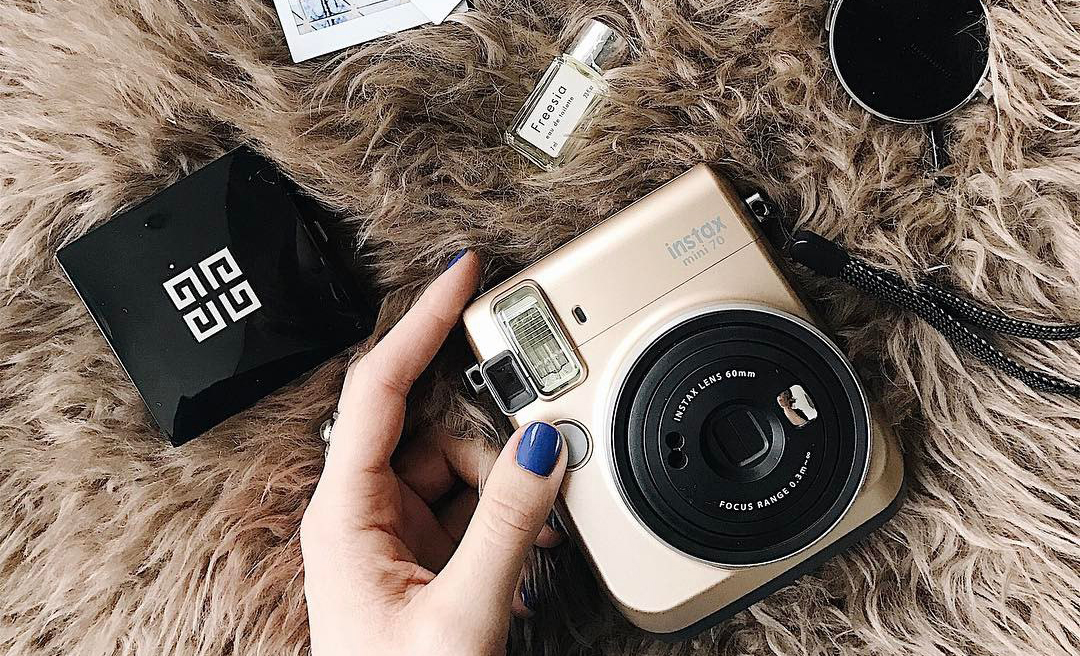 Instax mini 70 Stardust Gold