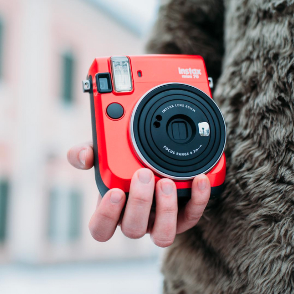 Instax mini 70 Passion Red